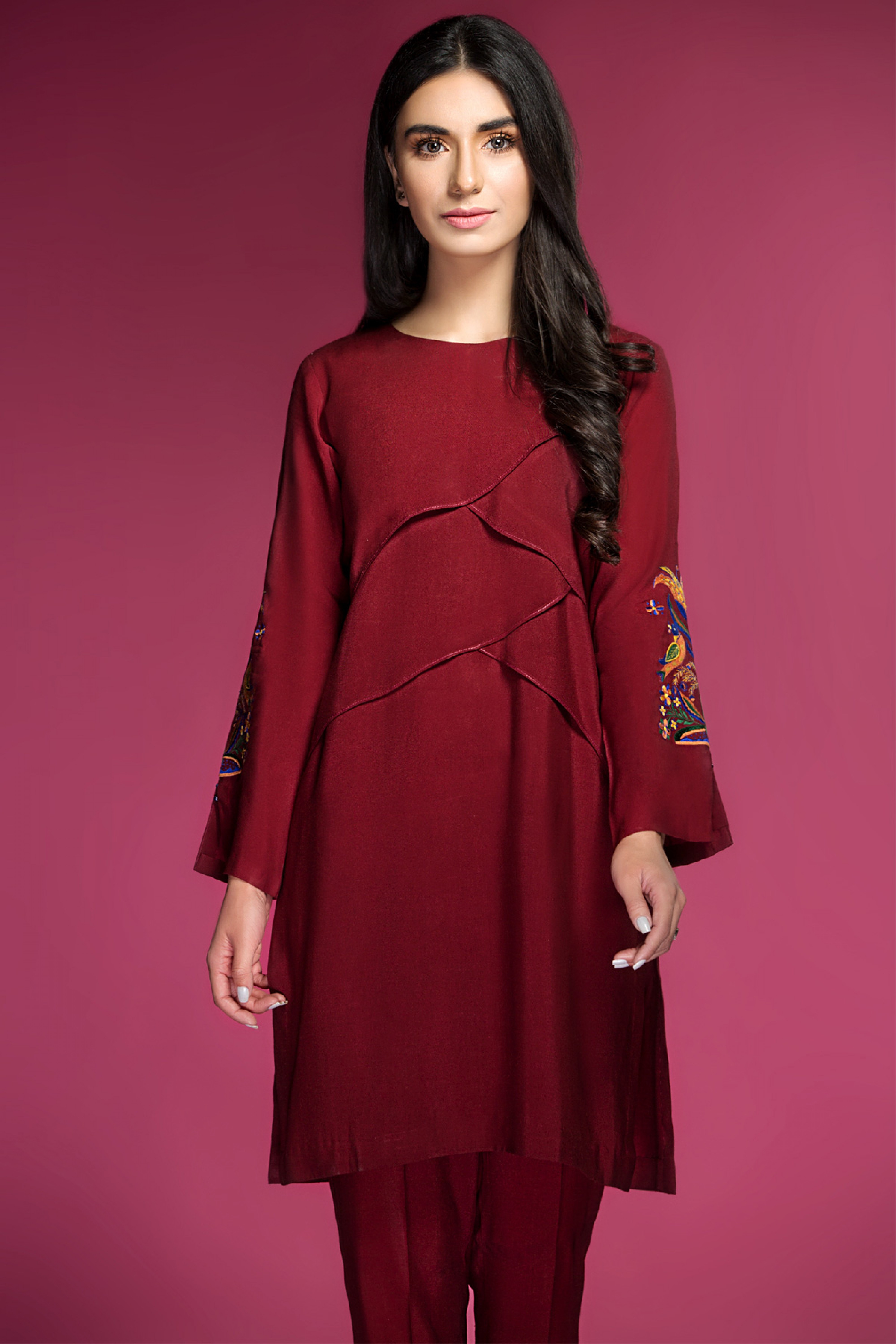 EMBROIDERED KURTA WITH TROUSER