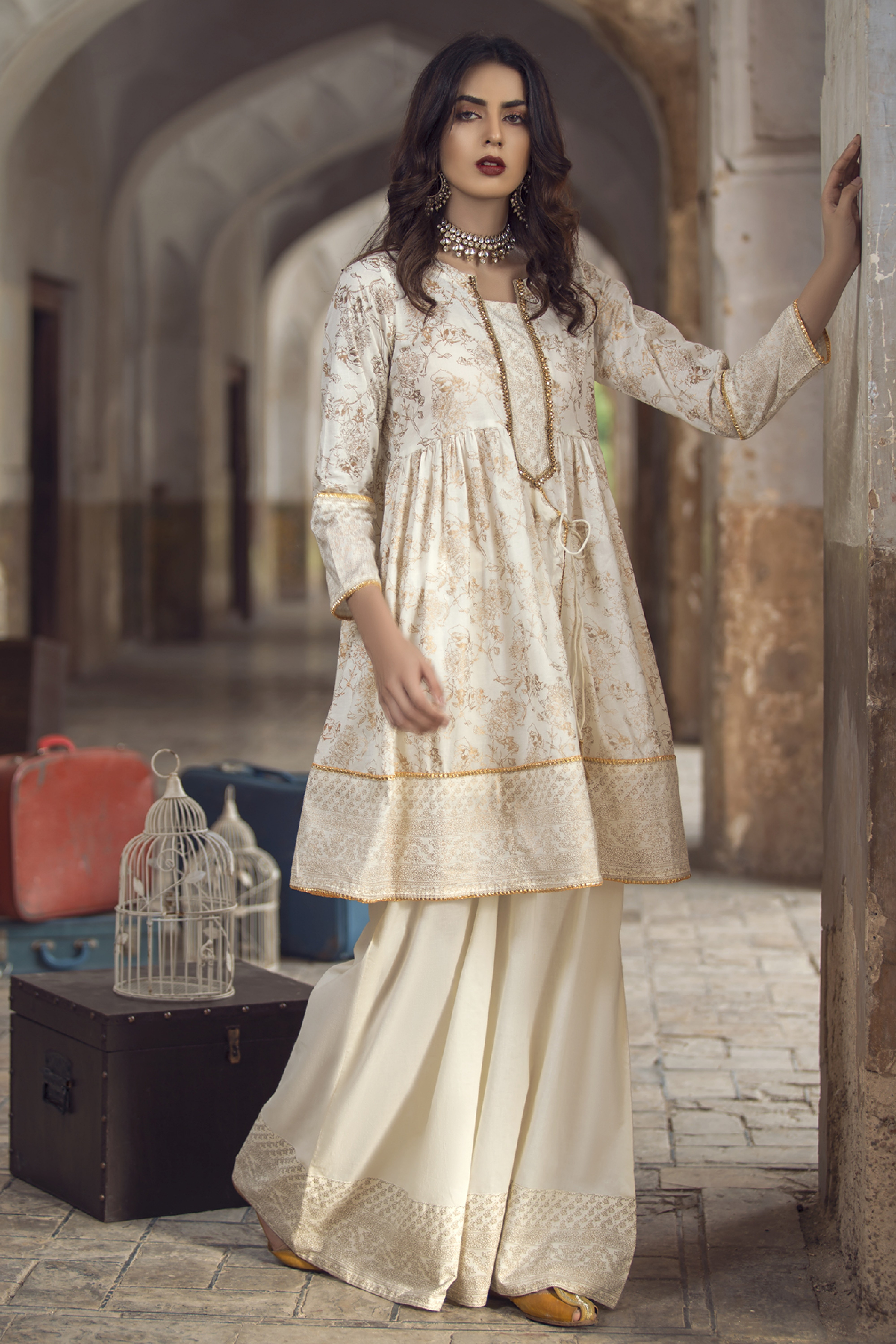 Gold  Printed Kurta With Trouser
