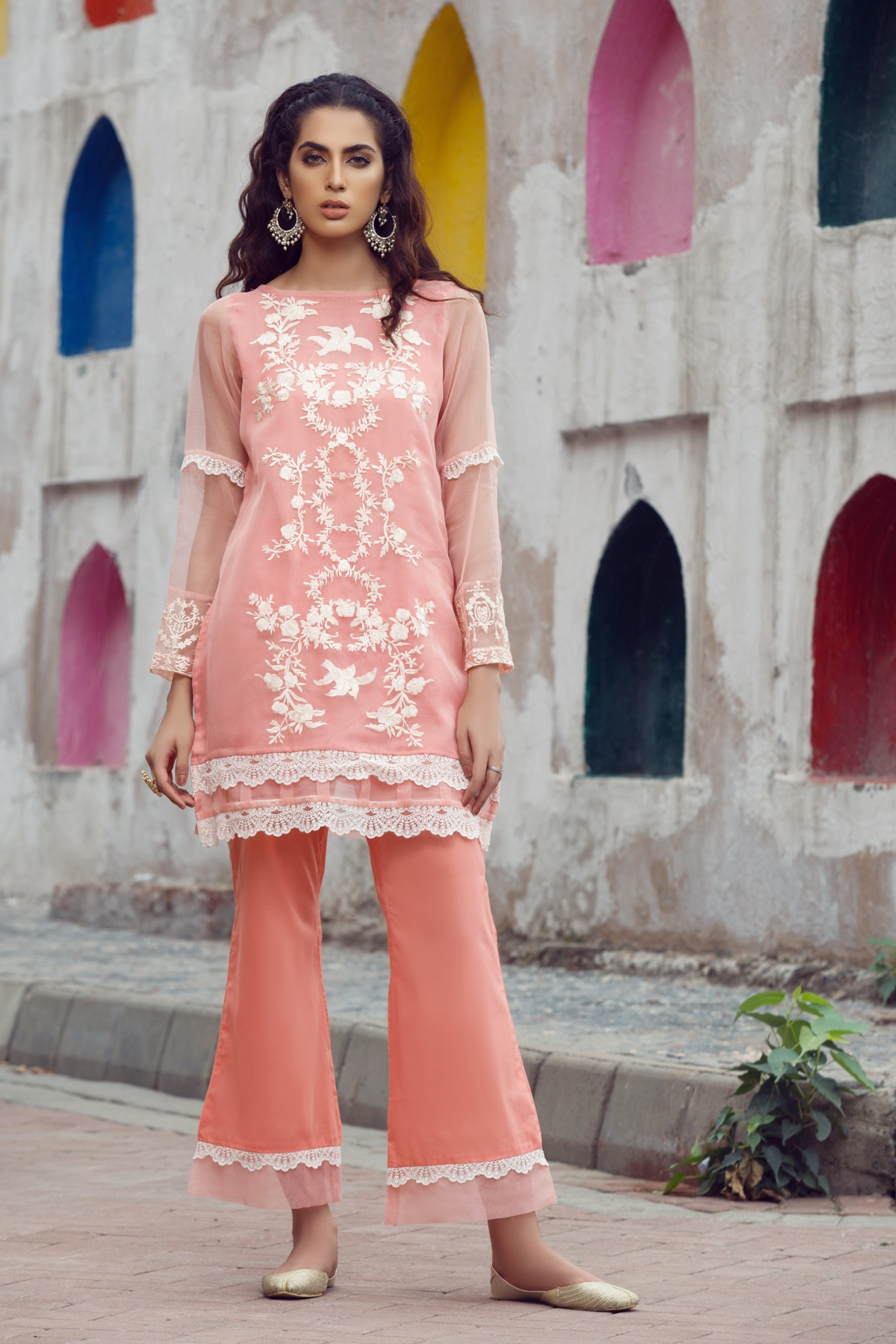 Embroidered  Kurta With Inner & Trouser