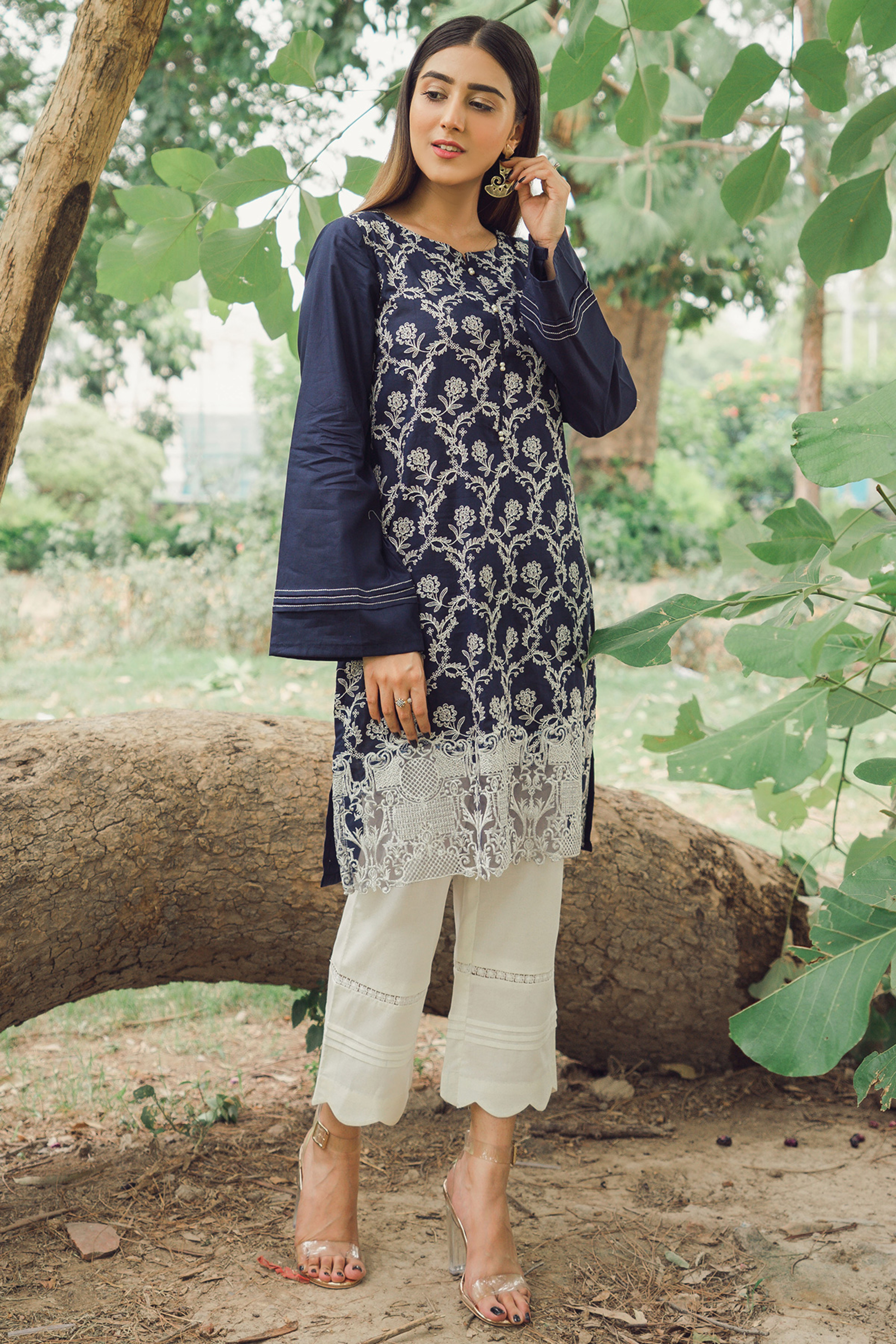BOLD BLUE (EMBROIDERED SHIRT)