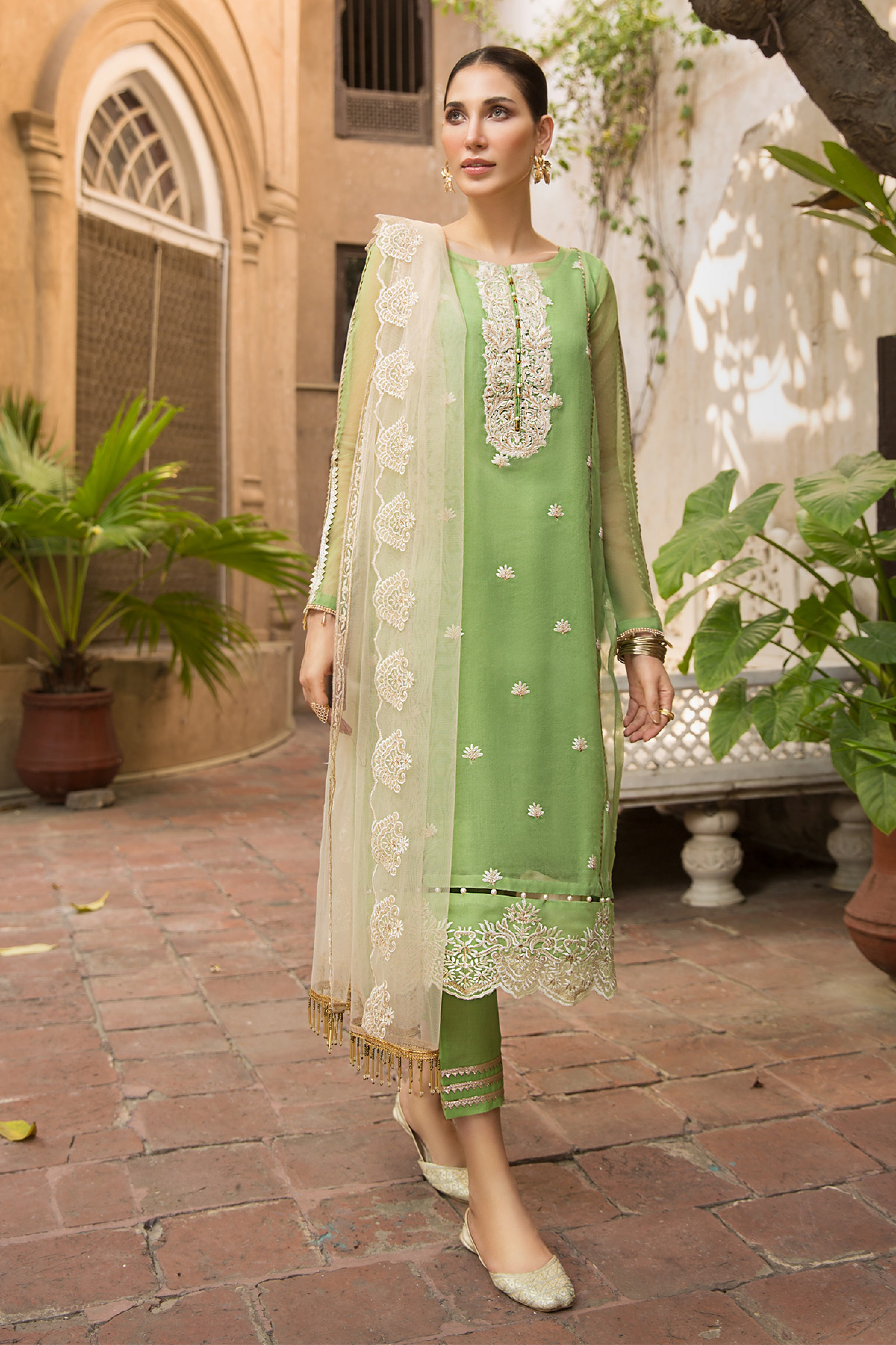 Rolling Meadow(Embroidered Shirt & Dupatta)