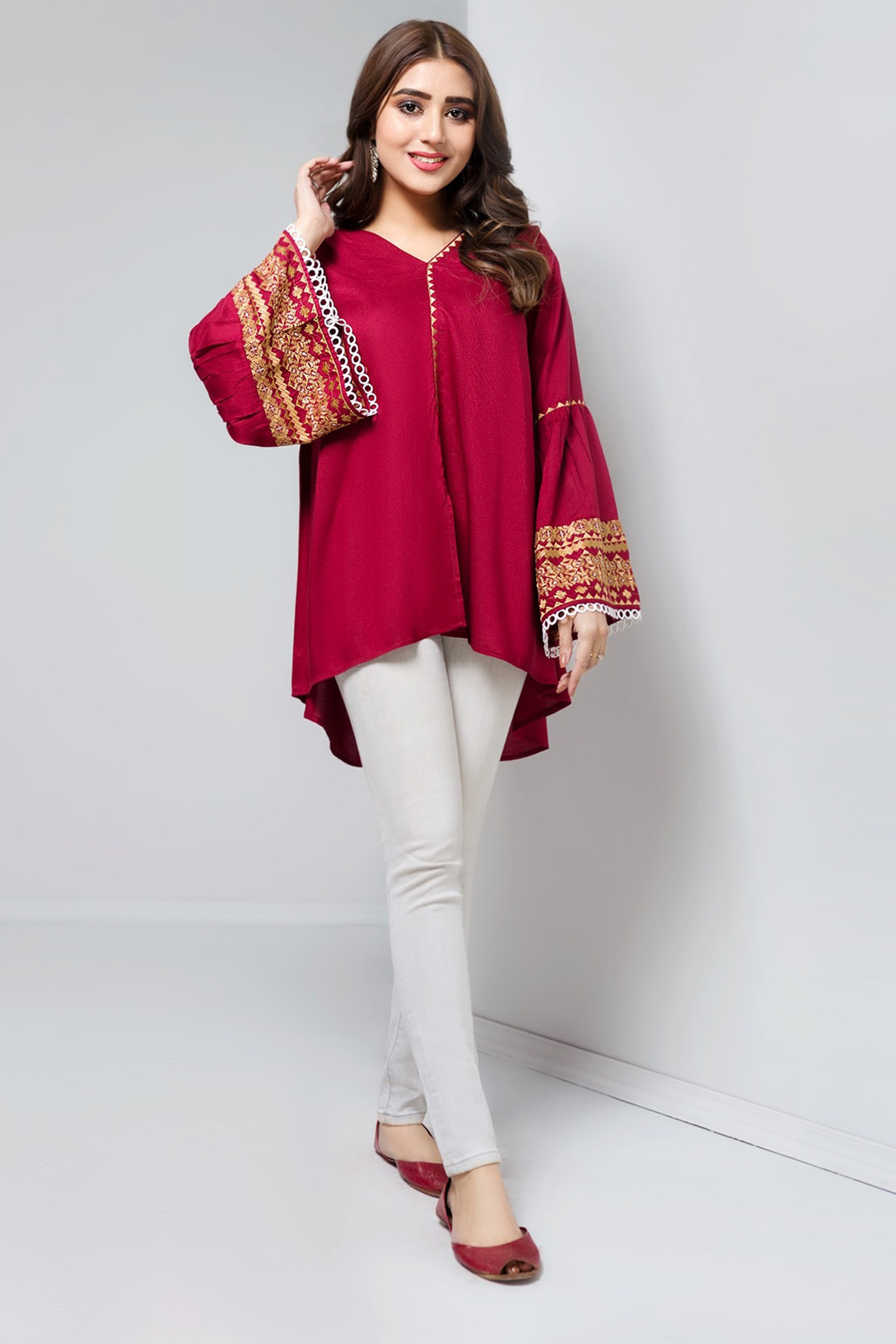 FIERY RED(Embroidered Top)