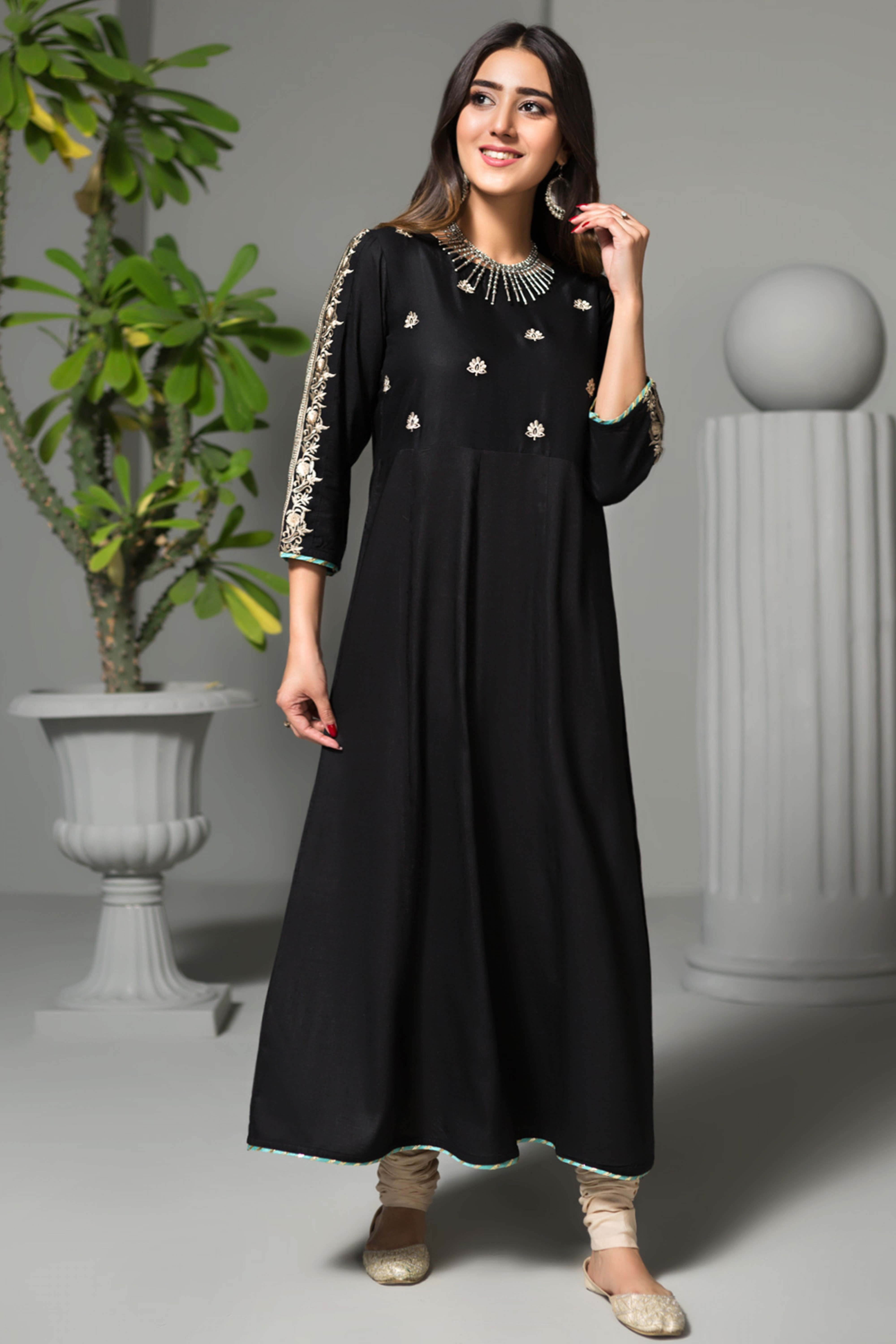 ETHNIC BLONDE(Embroidered Frock)