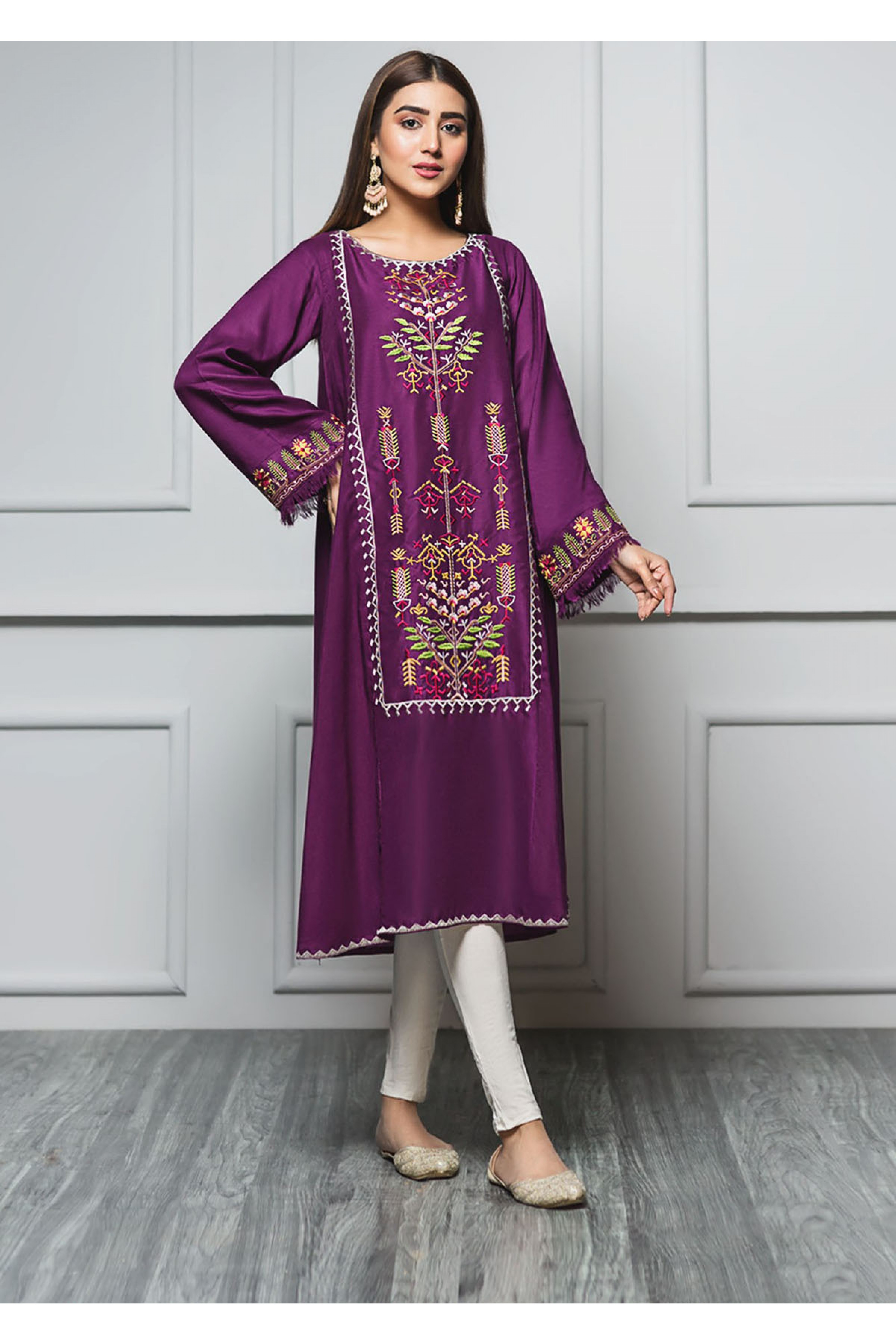 MANGOLIA(Embroidered Frock)
