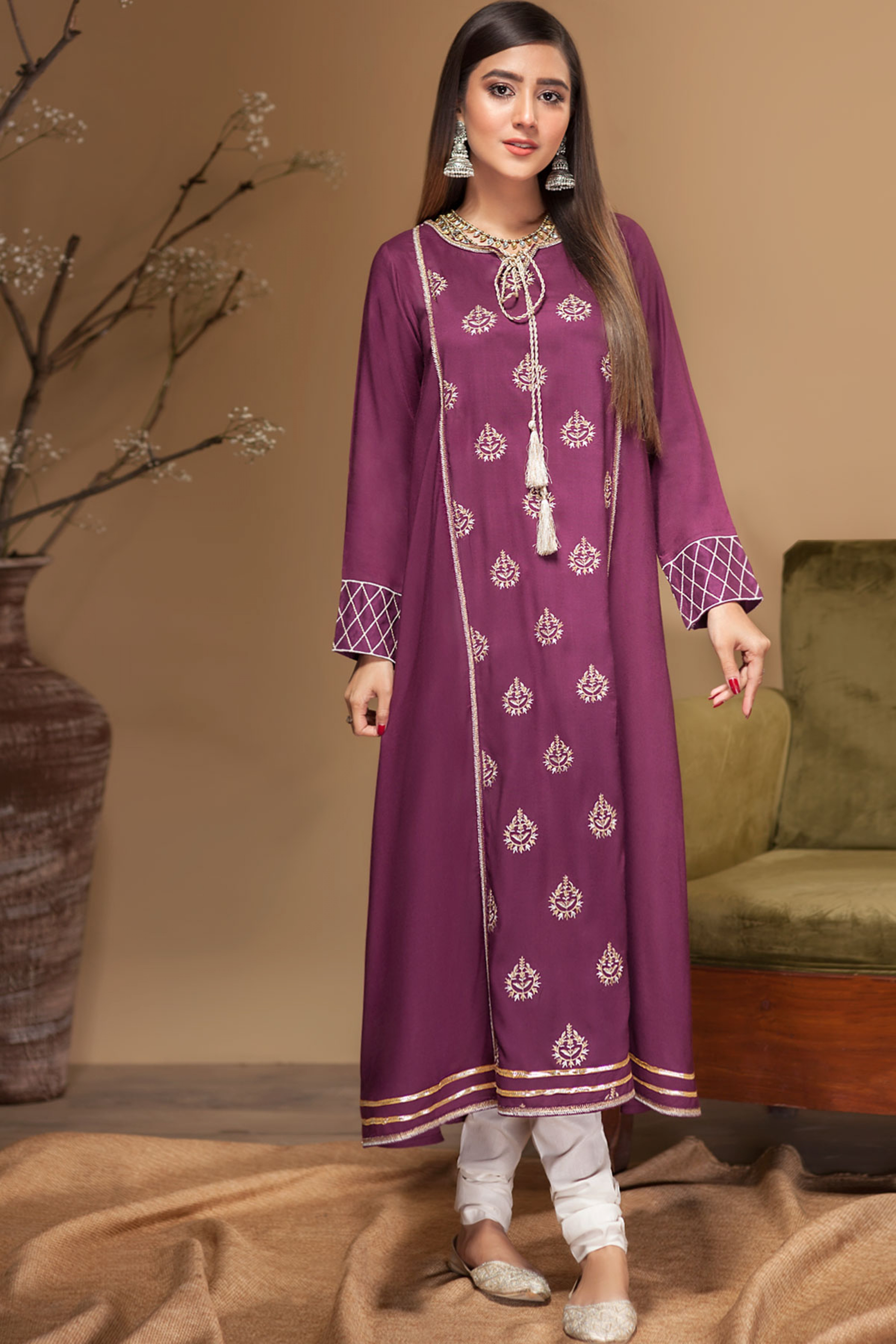 CAMELLIA(Embroidered Frock)