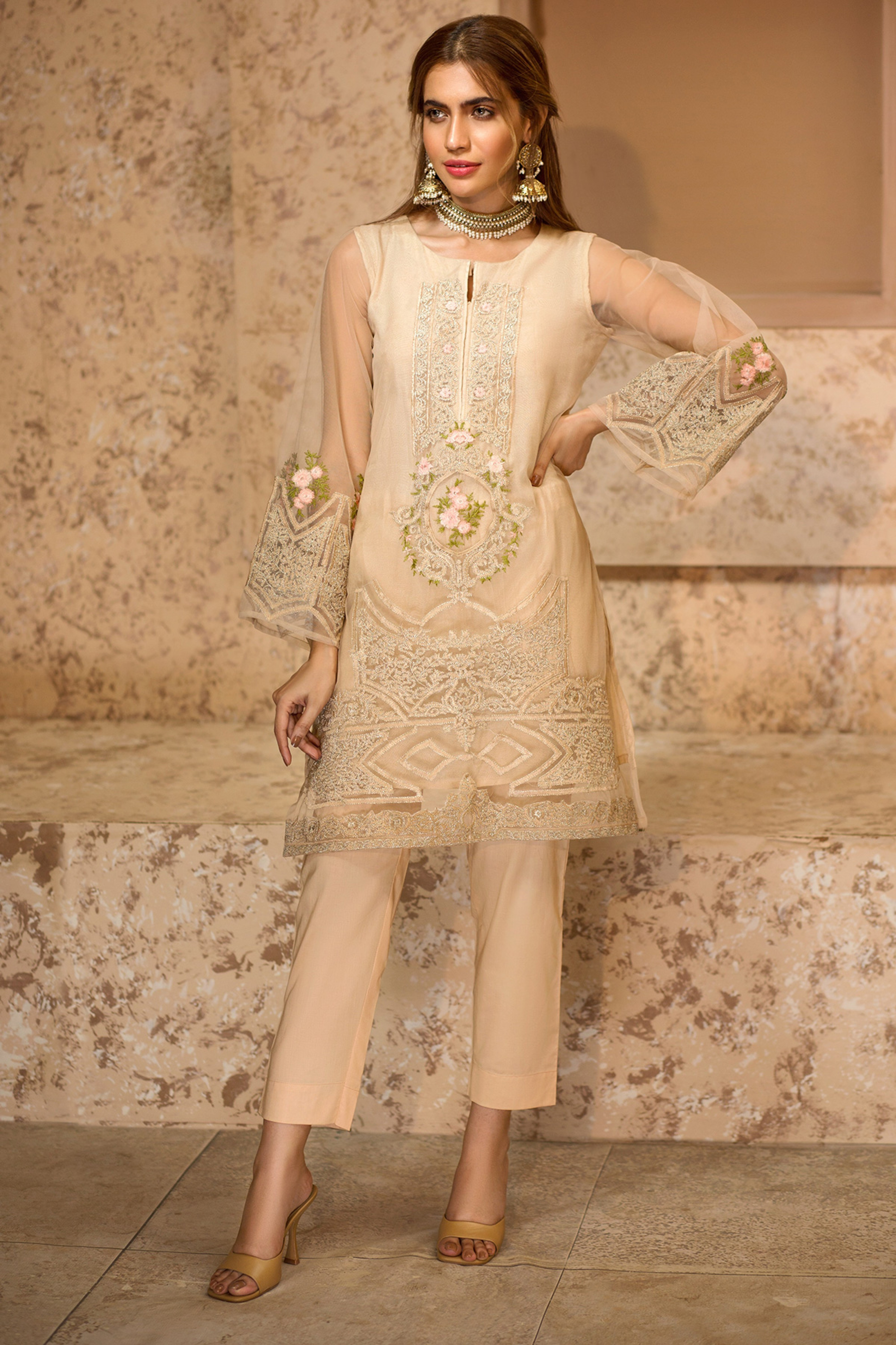 NOOR(Embroidered Shirt With Trouser)