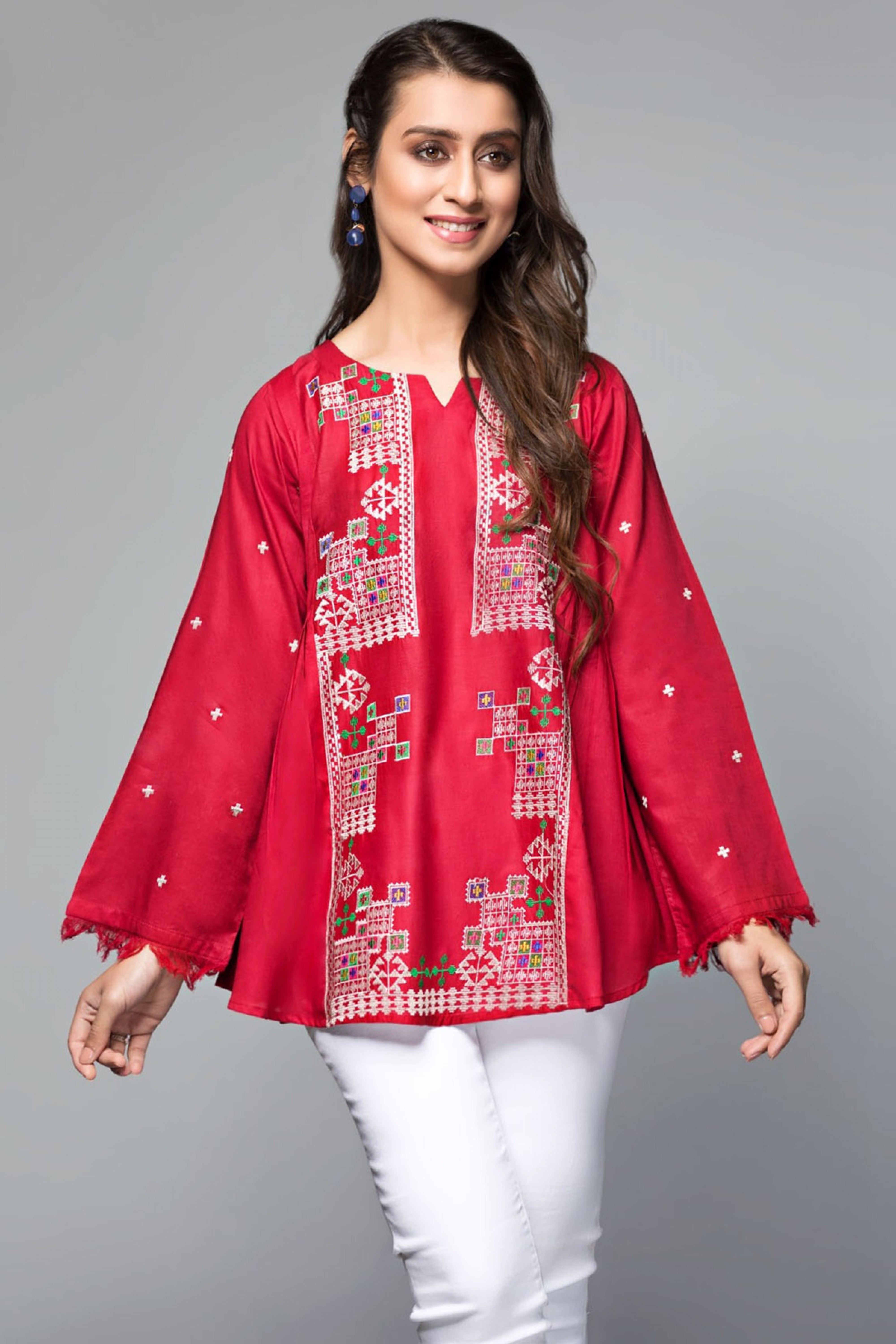 SPINEL(Embroidered Top)