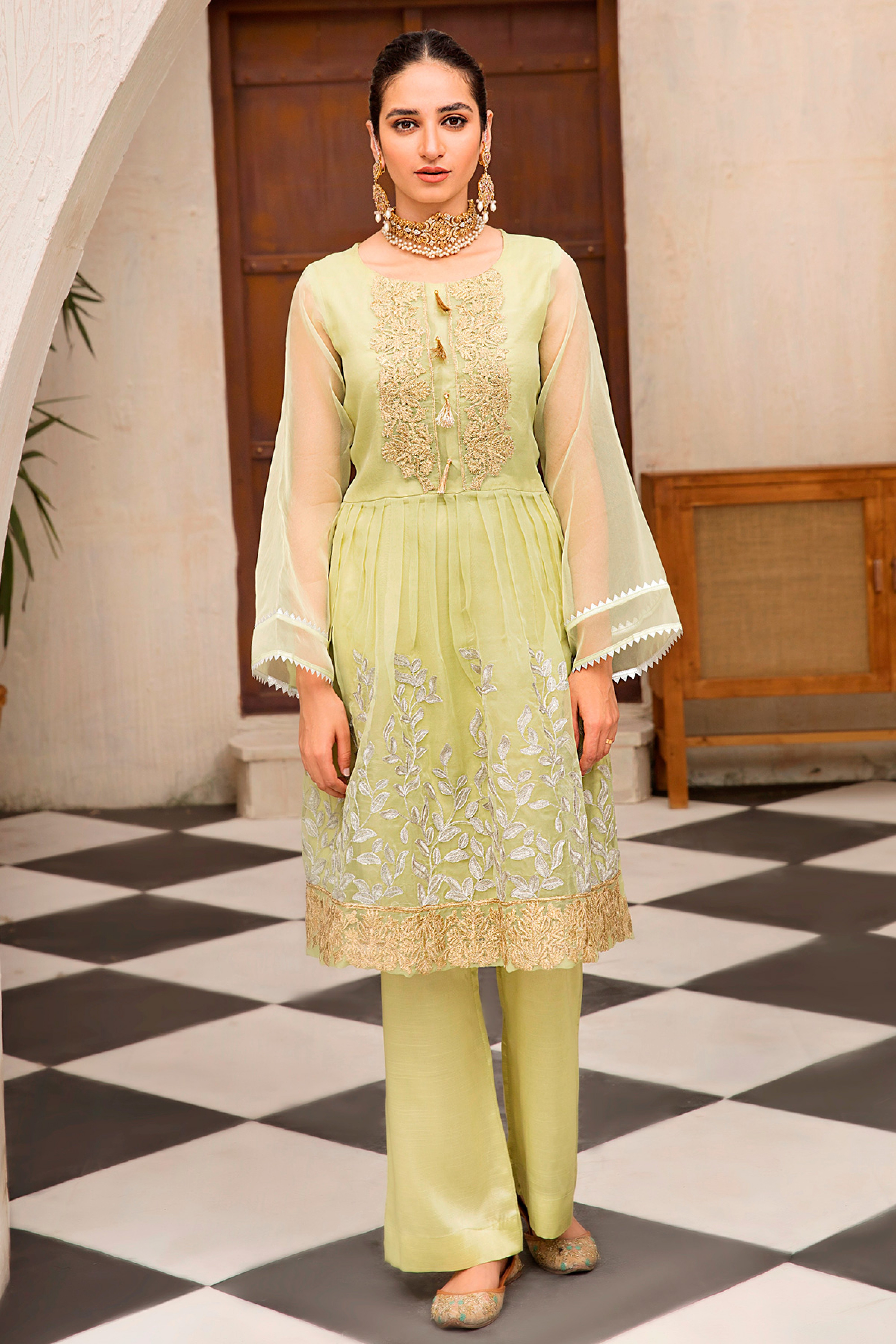 ISABEL(Embroidered Shirt & Trouser)