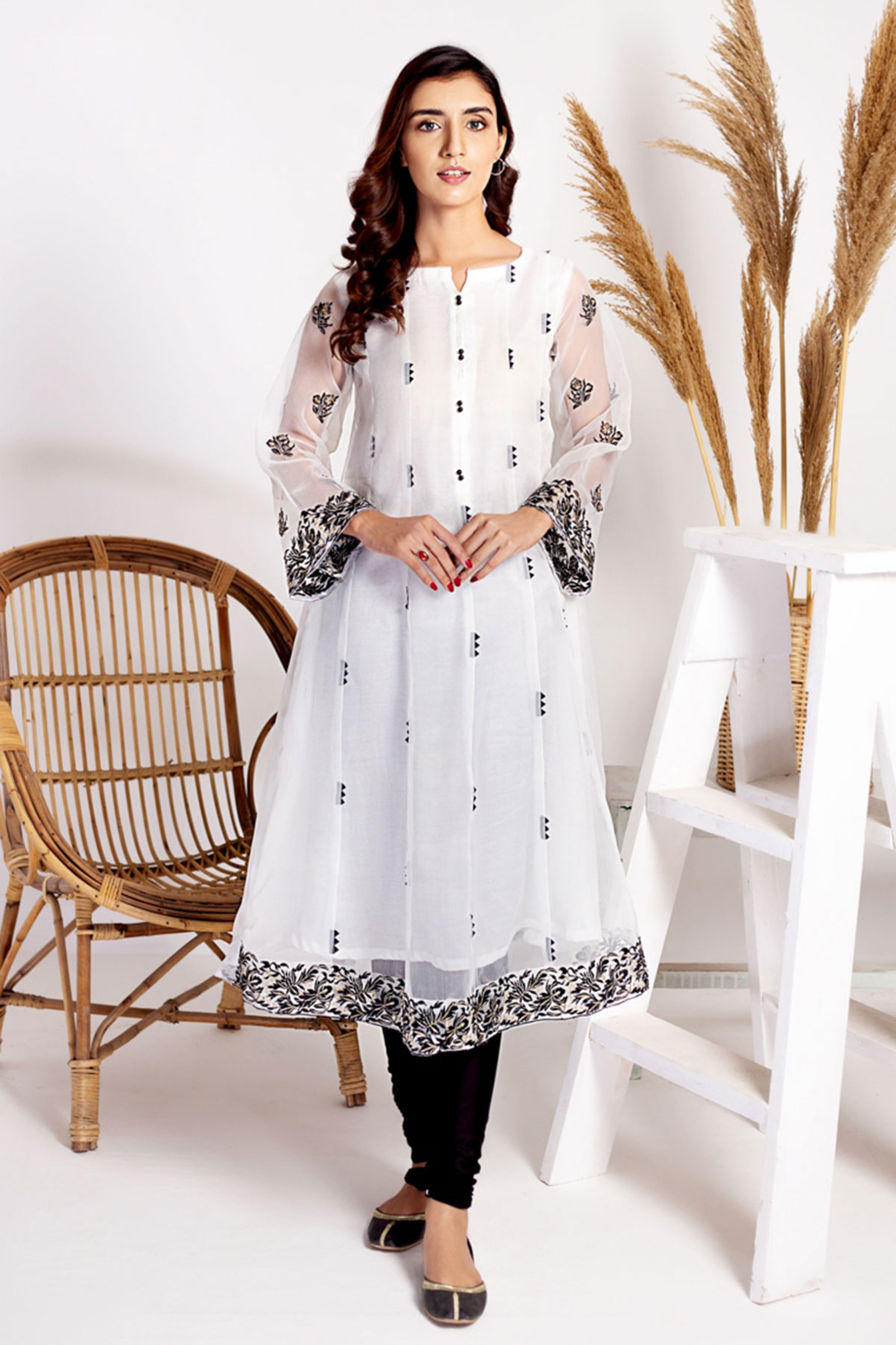 LILY(Embroidered Frock With Inner)