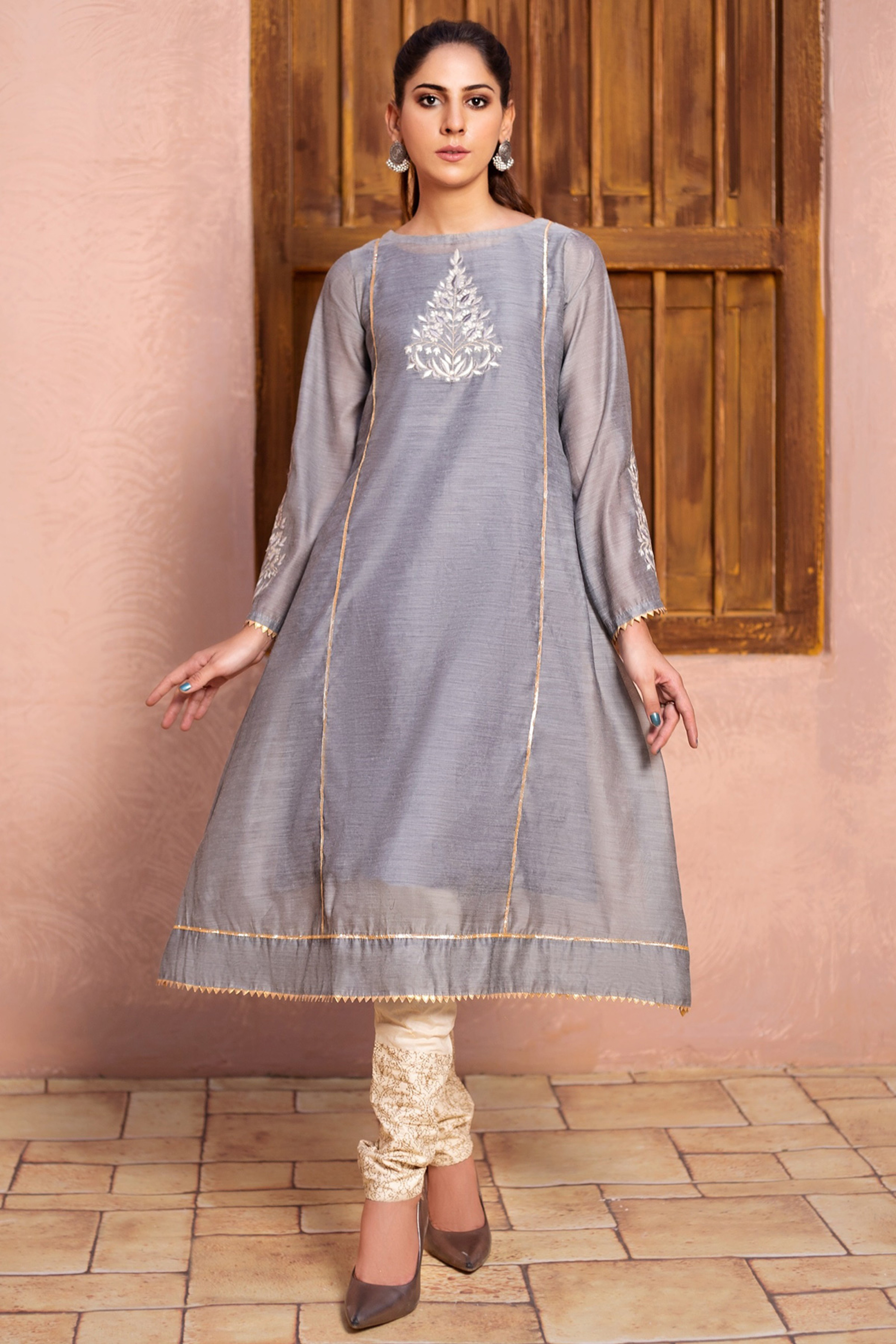 AGATE(Embroidered Frock)