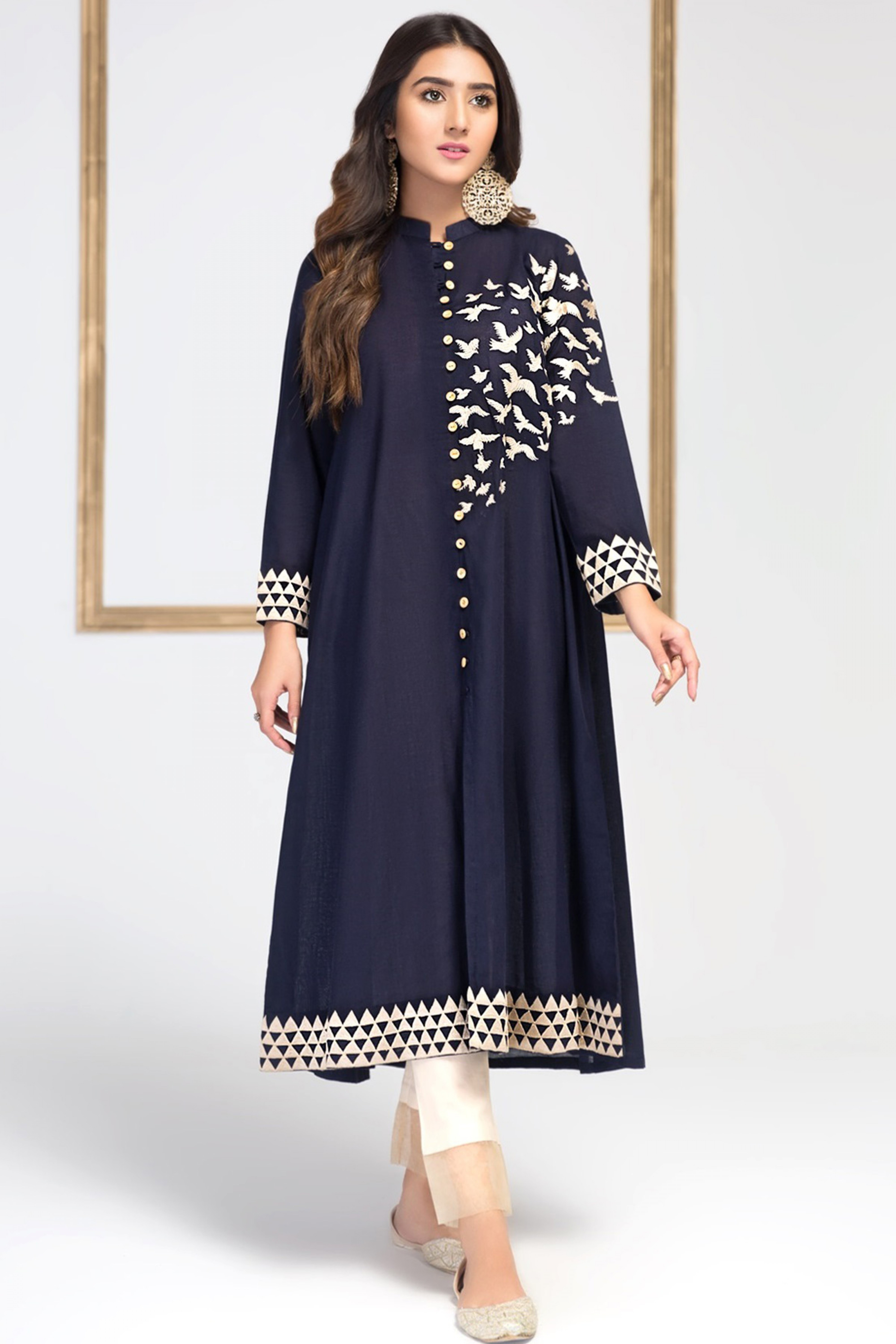 OPAL(Embroidered Frock)