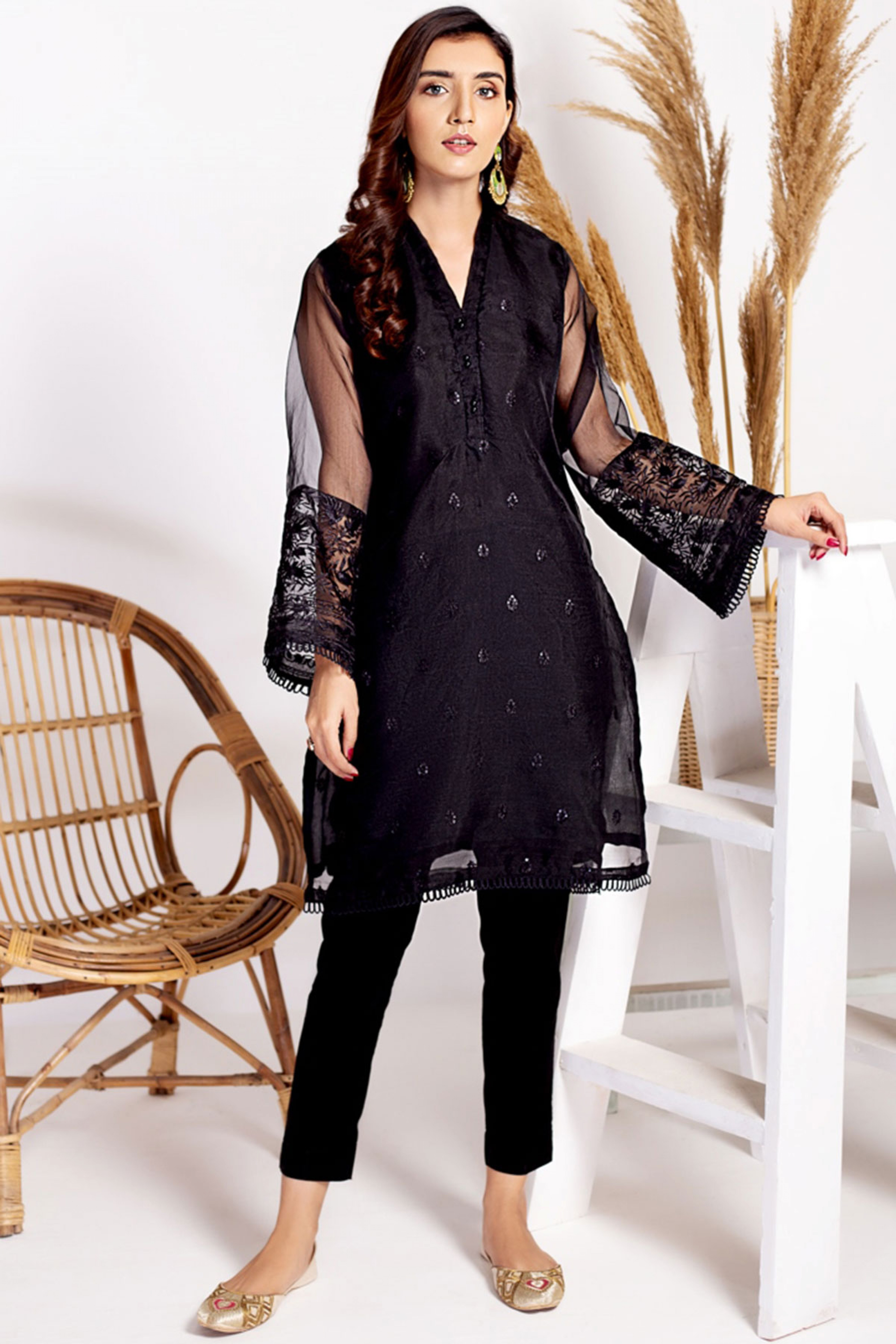 PANSY(Embroidered Shirt With Inner)