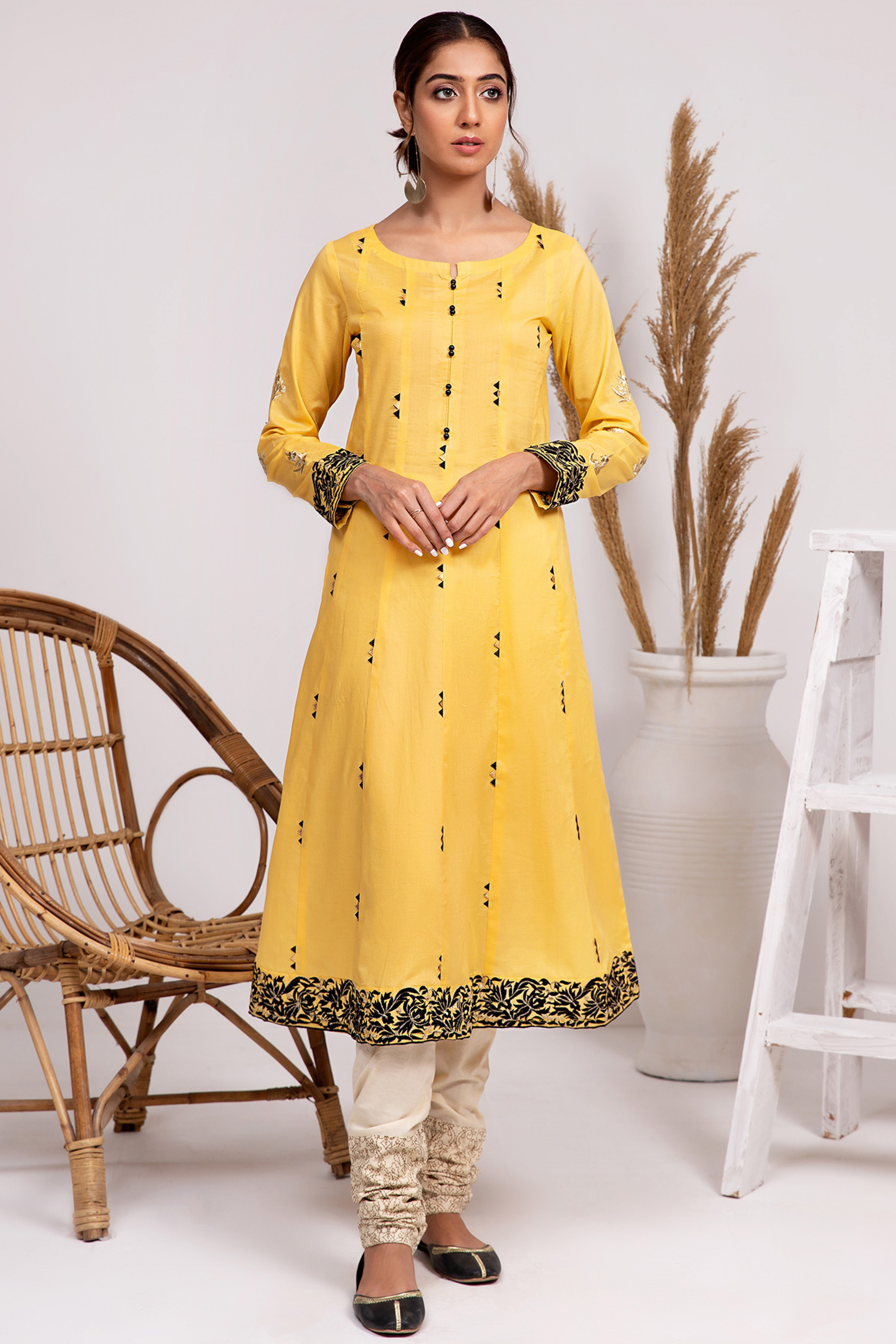 FLAVIA(Embroidered Frock)