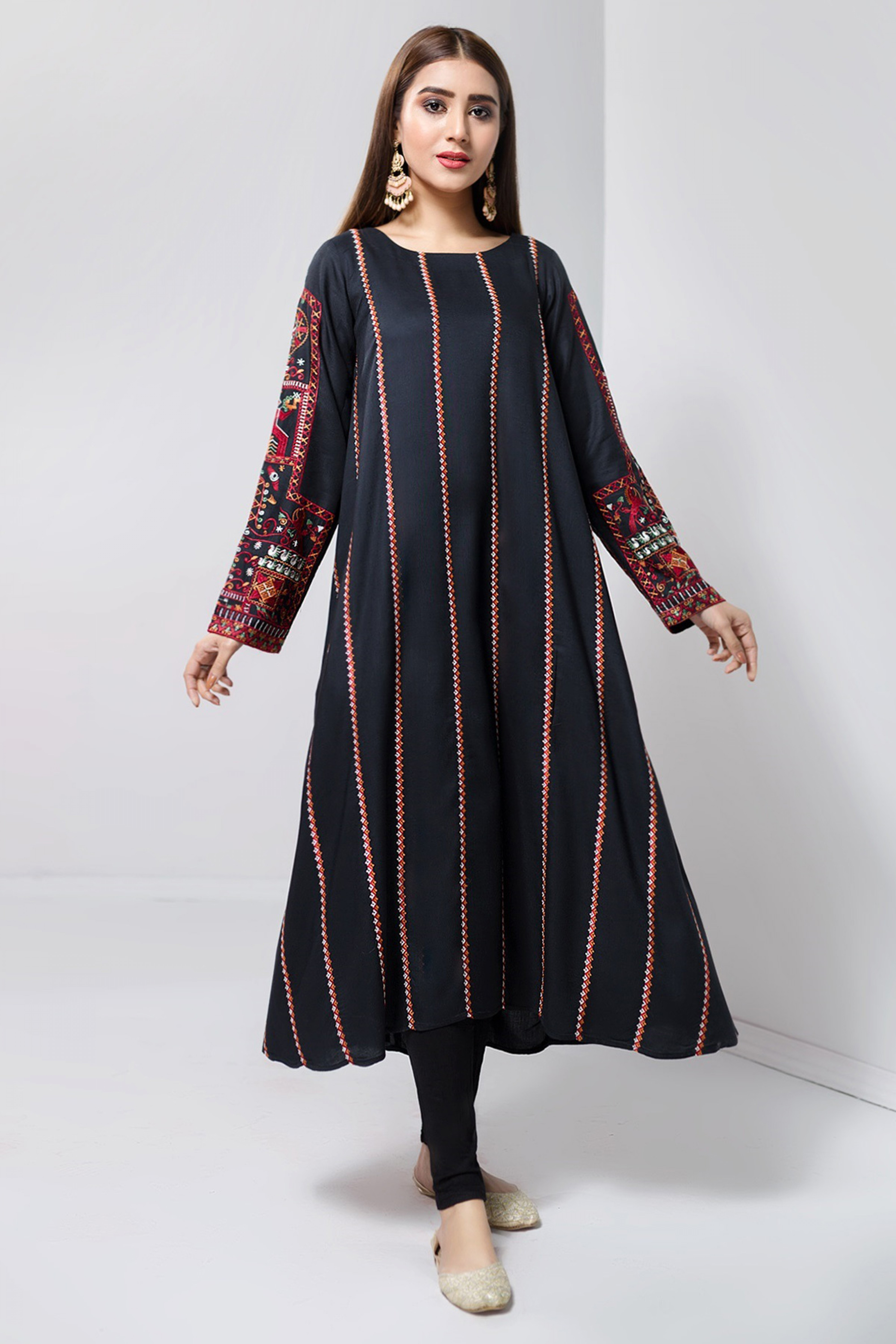 SMOKY BLACK(Embroidered Frock)